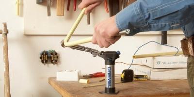 Паяльная лампа Dremel 2200-4 Versaflamer (паяльник газовый)